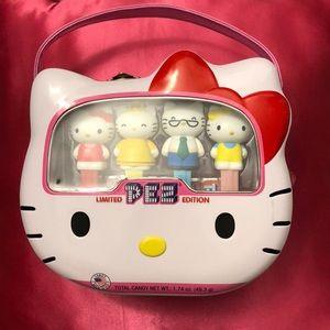 Hello Kitty Family Pez Lunchbox